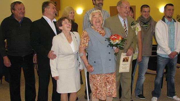 Manželé Kopečtí oslavili v Kounicích kamennou svatbu