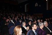 Den Poděbrad 2017 vyvrcholil udílením výročních městských cen. Do Divadla Na Kovárně dostalo tentokrát pozvánku dvaadvacet osobností či kolektivů, které se zasloužily významným způsobem o rozvoj Poděbrad.