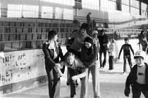 Lyský klub vyrazil na bruslení do Nymburka.