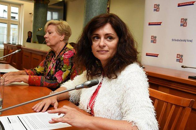 Hejtmanky Jaroslava Pokorná Jermanová (ANO) a Ivana Stráská (ČSSD) – na snímku zprava.