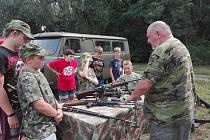Mladí hasiči z SDH Sadská zažili tábor ve stylu M.A.S.H.