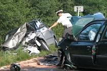 Vážná nehoda v Babíně si vyžádala tři zranění