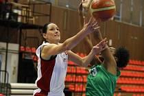 Z basketbalového utkání ŽBL Nymburk - Ostrava (78:37)