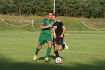 Z fotbalového utkání I.B třídy Semice - Bílé Podolí (5:1)