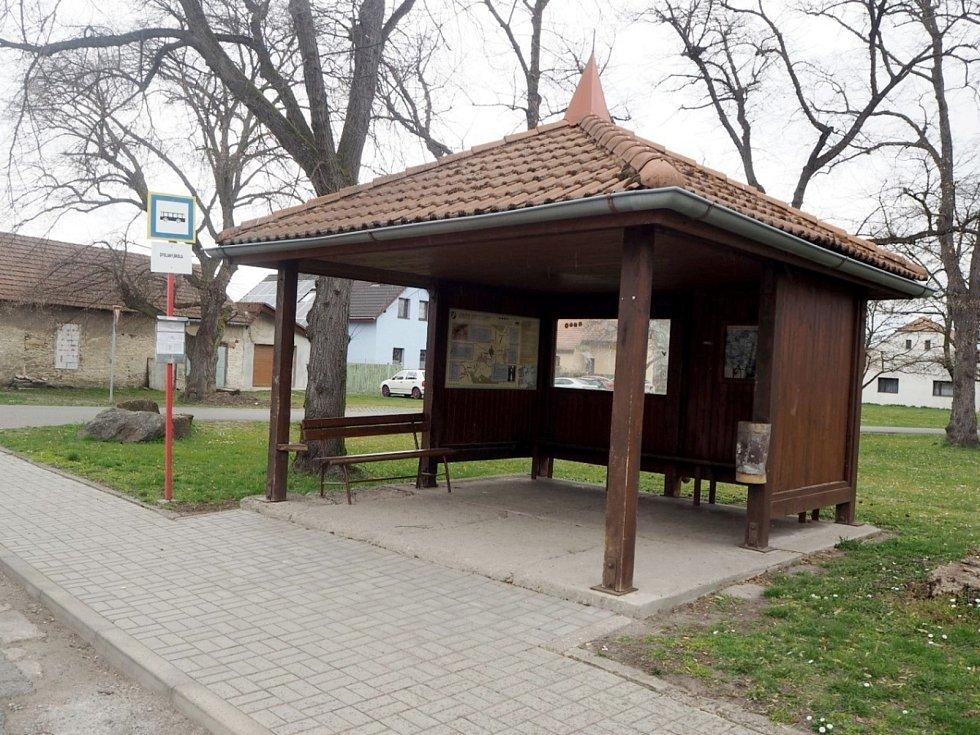 V obci Opolany.