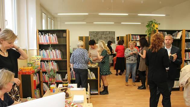 Na sídlišti v Nymburce otevřela knihovna svou pobočku.
