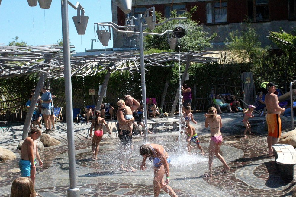 Atrakce a zábava v milovickém zábavním parku Mirakulum.