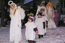 Vánoční hra už počtvrté potěšila diváky ve Mcelích.