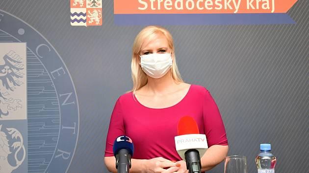 Hejtmanka Petra Pecková.