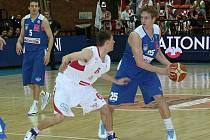 Z basketbalového utkání play off Mattoni NBL Nymburk - USK Praha (82:58)