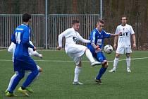 Fotbalisté Poděbrad nastříleli doma tři branky a díky tomu vyhráli