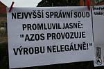 Již třetí demonstrace Nymburáků proti zinkovně AZOS CZ.