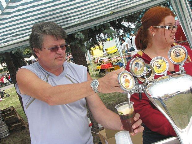Pivovar v sobotu otevřel brány: teklo i jantarové pivo
