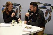Středočeský kraj se prezentoval na veletrhu cestovního ruchu na Výstavišti v Pražských Holešovicích. Mezi pozvanými hosty na krajském stánku nechyběl dříve motocyklový, nyní automobilový závodník Lukáš Kvapil známý účastí v Rallye Dakar.