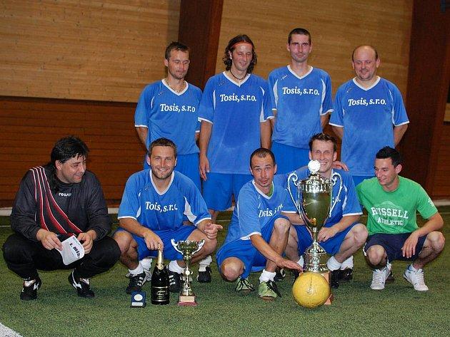 Tým FC Srarobrno opět povrdil svoje dominantní postavení v Milovické lize a po zásluze slaví titul.