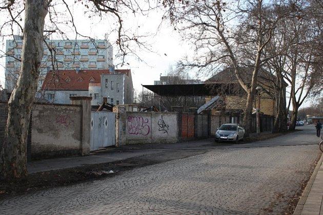Poznáte ulici v jednom z největších měst na Nymbursku?