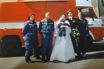 V Chrástu se konají také hasičské svatby