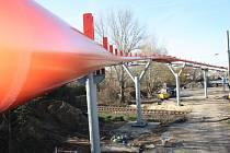 Most, který bude součástí cyklostezky u Sadské