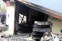 Požár infocentra loučeňského zámku zničil veškeré vnitřní vybavení.