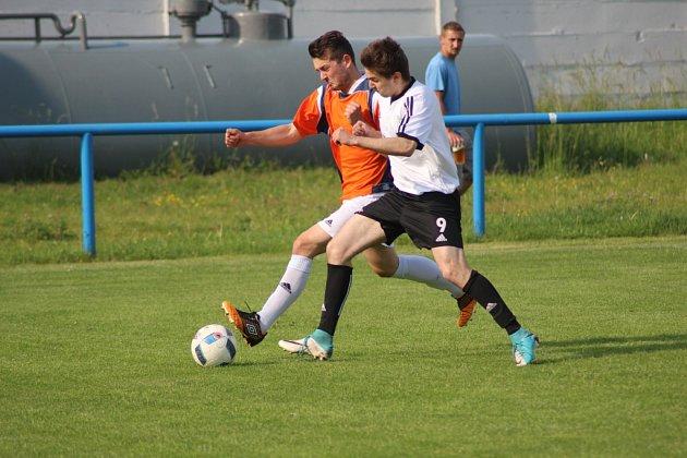 Z fotbalového utkání I.B třídy Sadská - Milovice (1:0)