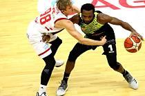 Jubilejní vítězství. Basketbalisté Nymburka porazili v dalším pokračování nejvyšší soutěže mužstvo Ústí nad Labem a pro českého mistra to byla už osmdesátá ligová výhra v řadě