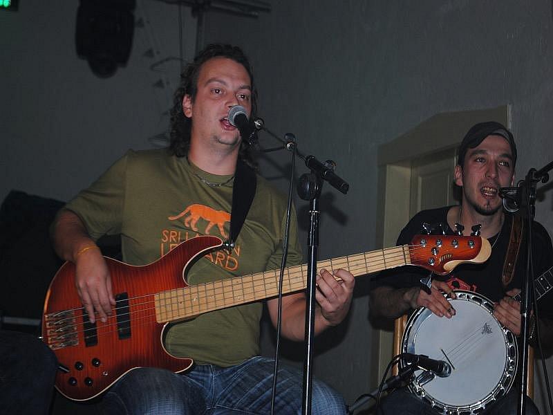 Rockové vánoce v Dělnickém domě v Nymburce