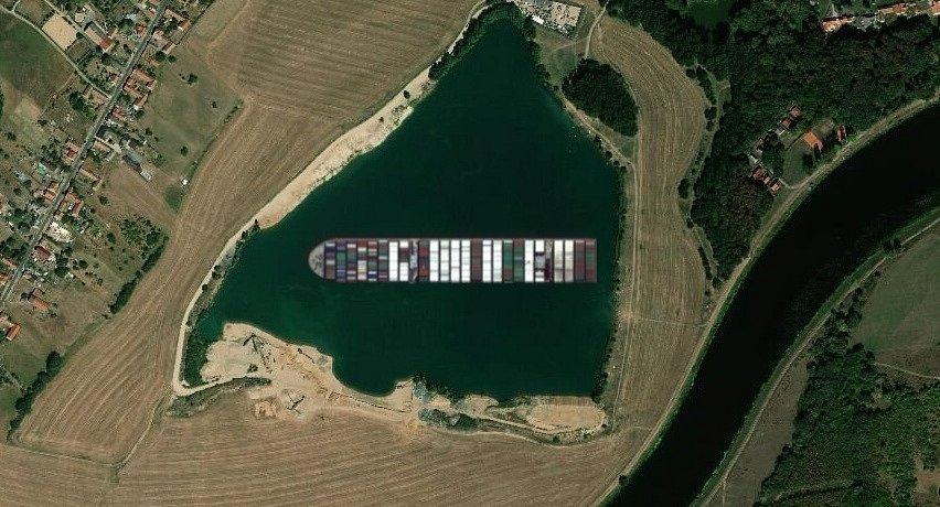 Kontejnerová loď Ever Given v Kostomlátkách.