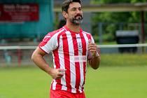 Jan Flachbart, bývalý ligový fotbalista, který má tři tituly se Spartou, hájí od léta barvy Krchleb ve třetí třídě