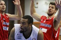 Z basketbalového utkání VTB ligy Nymburk - Bisons Loimaa (87:59)