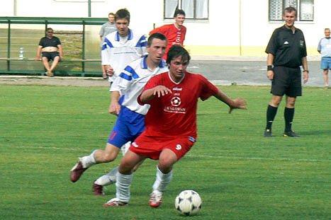Fotbalisté Lysé si v posledním kole parádně zastříleli. Pečky od nich dostaly sedm gólů.