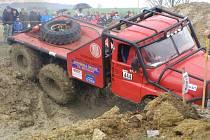 Ze závodu trucktrialů v Milovicích