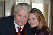 Květoslav Jan Motejlek s vnučkou