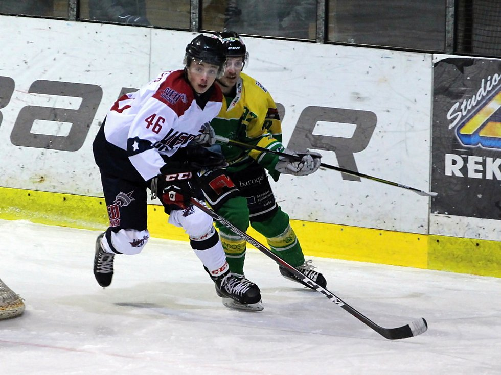Hokejistům Nymburka skončila vítězné série. Na svém ledě prohráli s Dvorem Králové 4:8 a osmého vítězství se nedočkali.