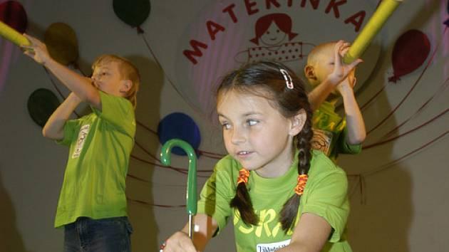 I letos se v nymburském Sportcentru koná finále celostátní přehlídky mateřských škol Mateřinka 2009.