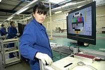 Čínská firma Changhong Europe Eletric v Nymburce naostro zahájila výrobu televizorů. V plánu má zaměstnat až tři sta lidí.