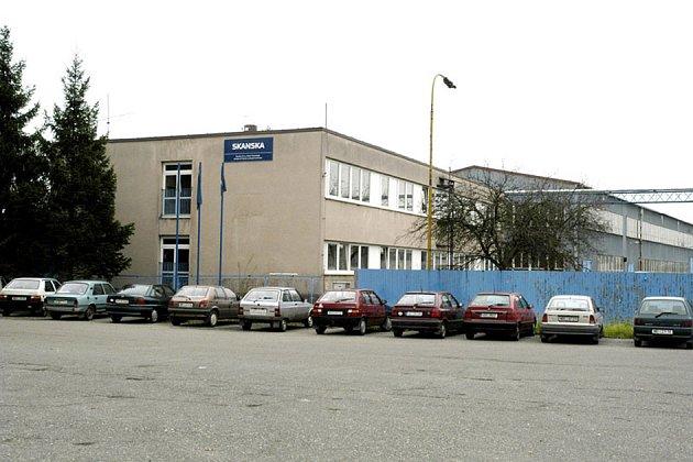 Areál firmy Skanska v Sadské se budse měnit.
