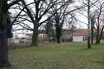 V tomto parku by měl stát budoucí domov důchodců v Lysé nad Labem.