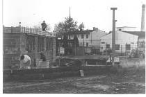 Výstavba podchodu v Poděbradech.