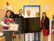 Společnost Changhong věnovala nymburské nemocnici televize.