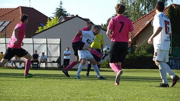 Z fotbalového utkání I.A třídy Slovan Lysá nad Labem - Bohemia Poděbrady (1:1, PK 1:3)