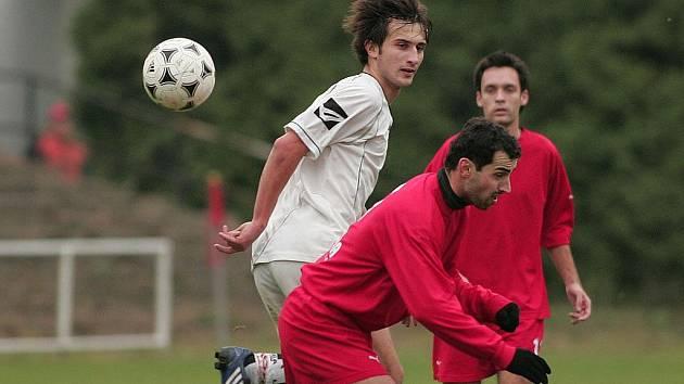 Fotbalisté poděbradské Bohemie skončili po polovině sezony v krajské I.A třídě na osmé pozici. S tou je jejich trenér Jan Bartheldy vcelku spokojený