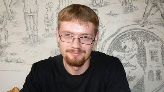 Mladý režisér a zároveň scénárista a kameraman Daniel Bartoš je před natáčením autorského filmu.