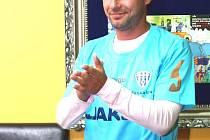Poděbraďák Josef Obajdin prožil uplynulých dvacet let především fotbalem.
