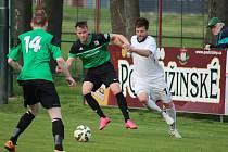 Z divizního fotbalového utkání Polaban Nymburk - Vilémov (1:0)