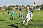 Z fotbalového utkání okresního přeboru Přerov nad Labem - Všejany (3:2)
