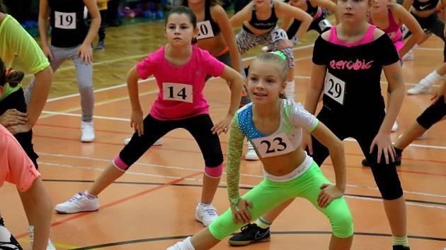 JULIE VRCHOTOVÁ (číslo 23) zvítězila na závodech v Chotěboři v kategorii 9 – 10 let, kde si počínala suverénně