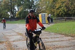 Cyklisté uzavřeli sezonu společenskou jízdou