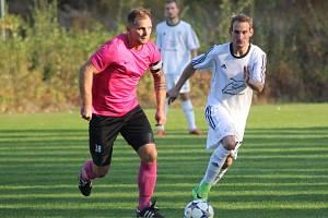Zkušený fotbalista Matěj Brabec (vlevo)