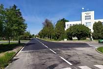 Opravená Mánesova ulice v Poděbradech.
