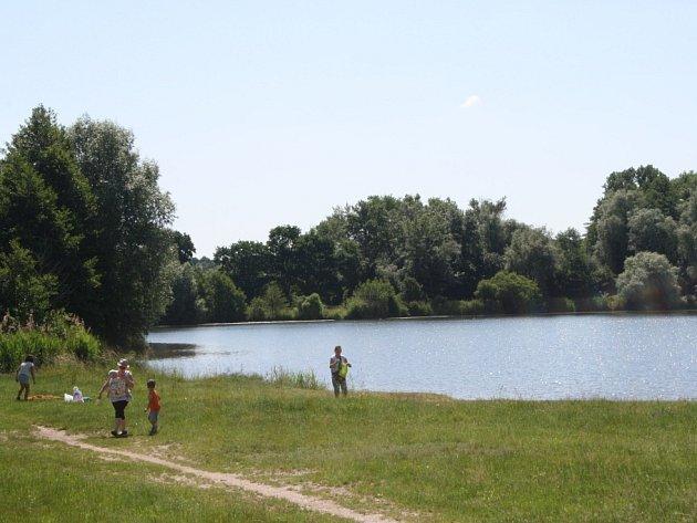 Jezero v Ostré.